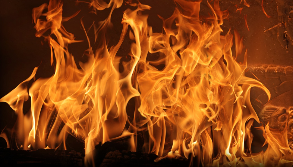 Flammebillede i brændeovn